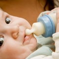 Штучне годування дитини в 6 місяців